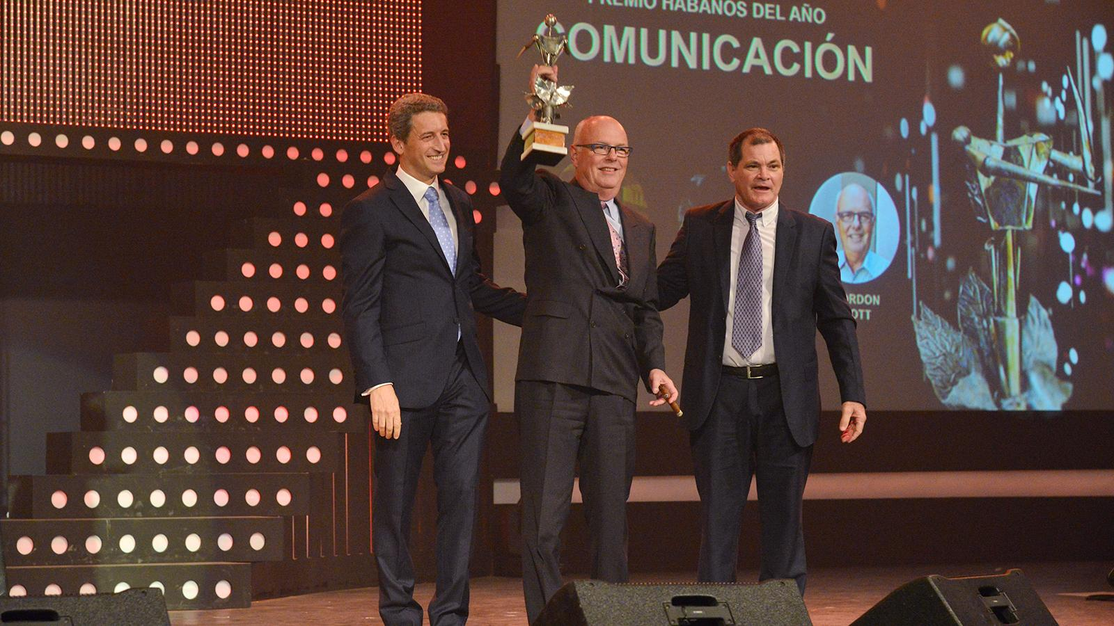 Cigar Aficionado's Gordon Mott Named Habanos Man of the Year