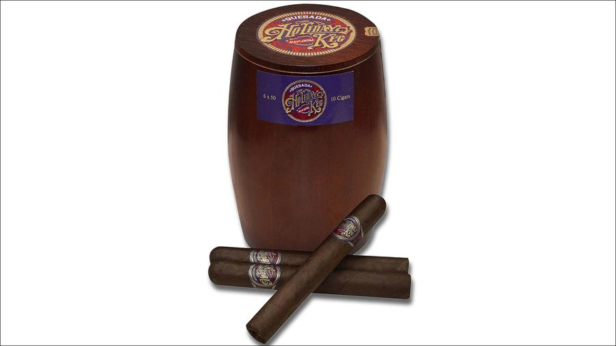 A Quesada Cigar Fit For The Holidays