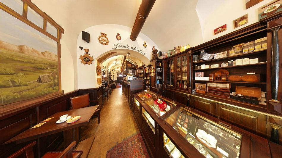 Where To Smoke: La Casa del Habano, Prague, Czech Republic