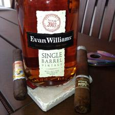 Evan Williams Single Barrel 2003 side.