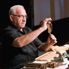 Some 500 cigar lovers attempted to make cigars by following the step-by-step work of cigar artisan Peraza at last year's Big Smoke Las Vegas.