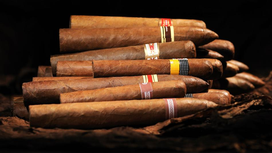 Is There A Right Way To Smoke Multiple Cigars In A Row?