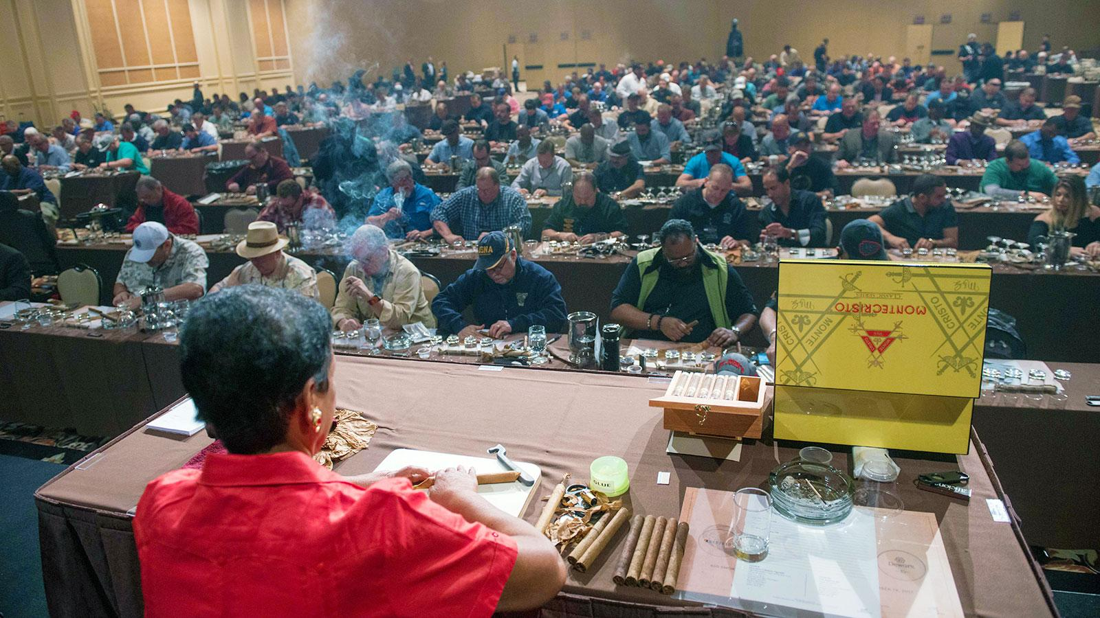 Lucrecia Valdez, master roller at Tabacalera de Garcia in the Dominican Republic, showed the audience step-by-step the proper method to roll a cigar.