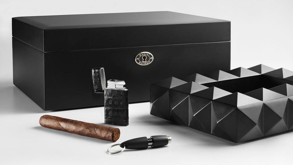 Deck Out Your Smoking Den With These Black Cigar Accessories