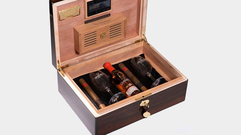 Daniel Marshall Launches Special 35th Anniversary Humidor