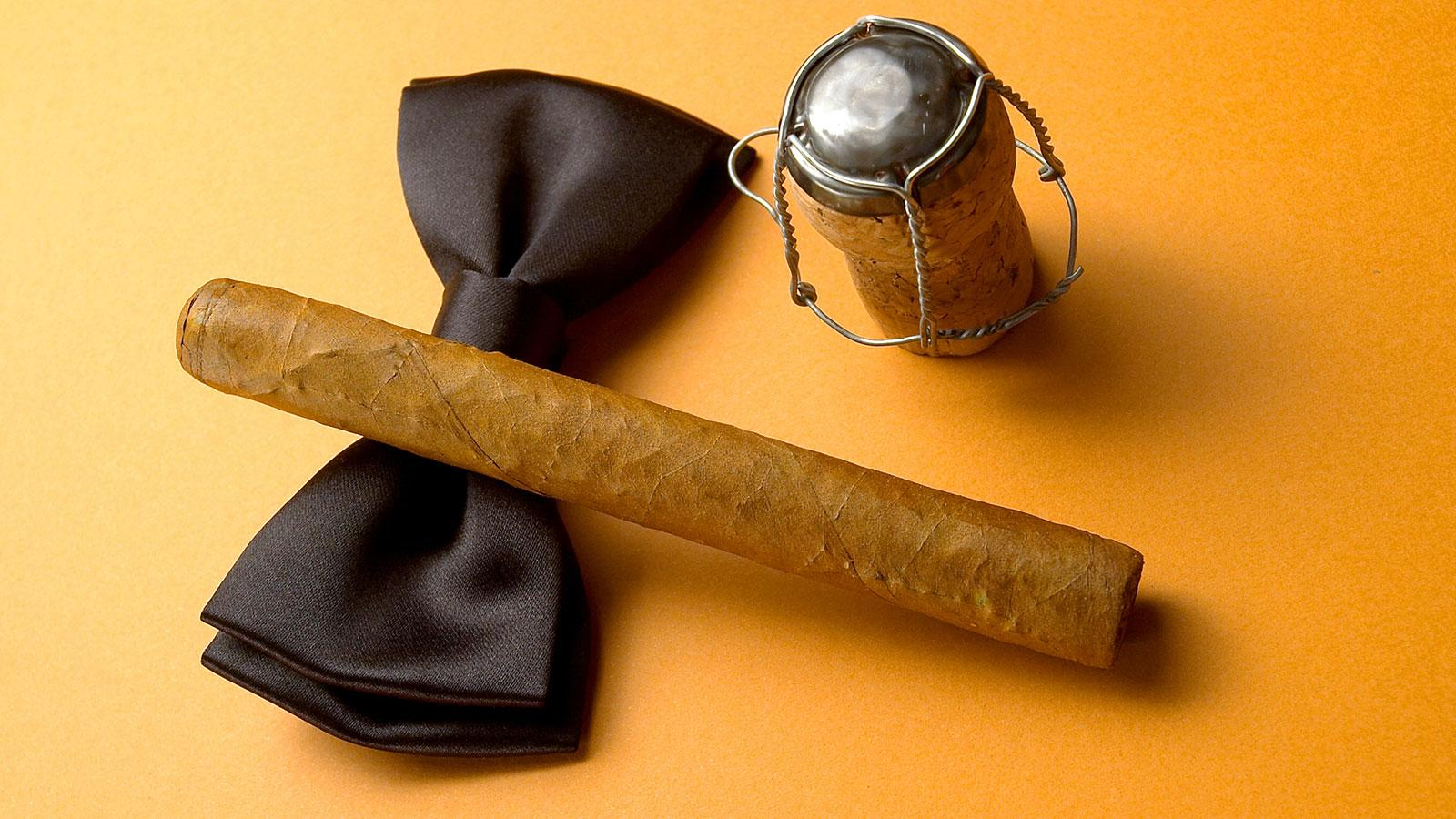 Seven New Year's Resolutions For Cigar Smokers