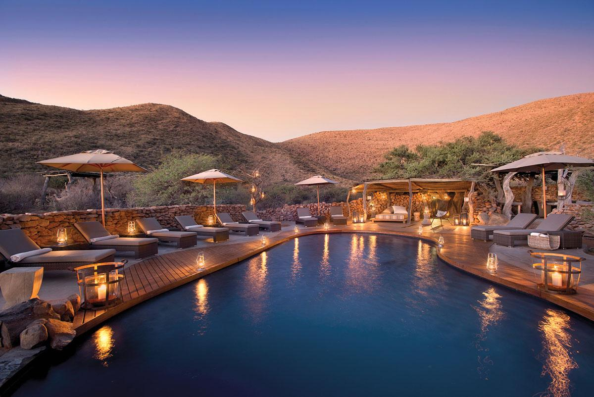 Tswalu, with its five private villas in the Kalahari Desert, provides the area's most luxurious accommodations. Completely customizable itineraries allow visitors to view a wildlife panorama at their leisure.