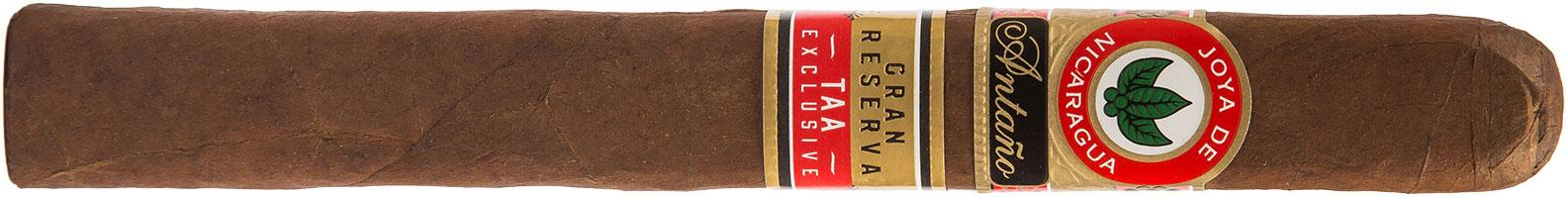 Slightly shorter, but thicker, than a standard Churchill, the Antaño Gran Reserva Presidente measures 6 3/4 inches by 50 ring gauge.