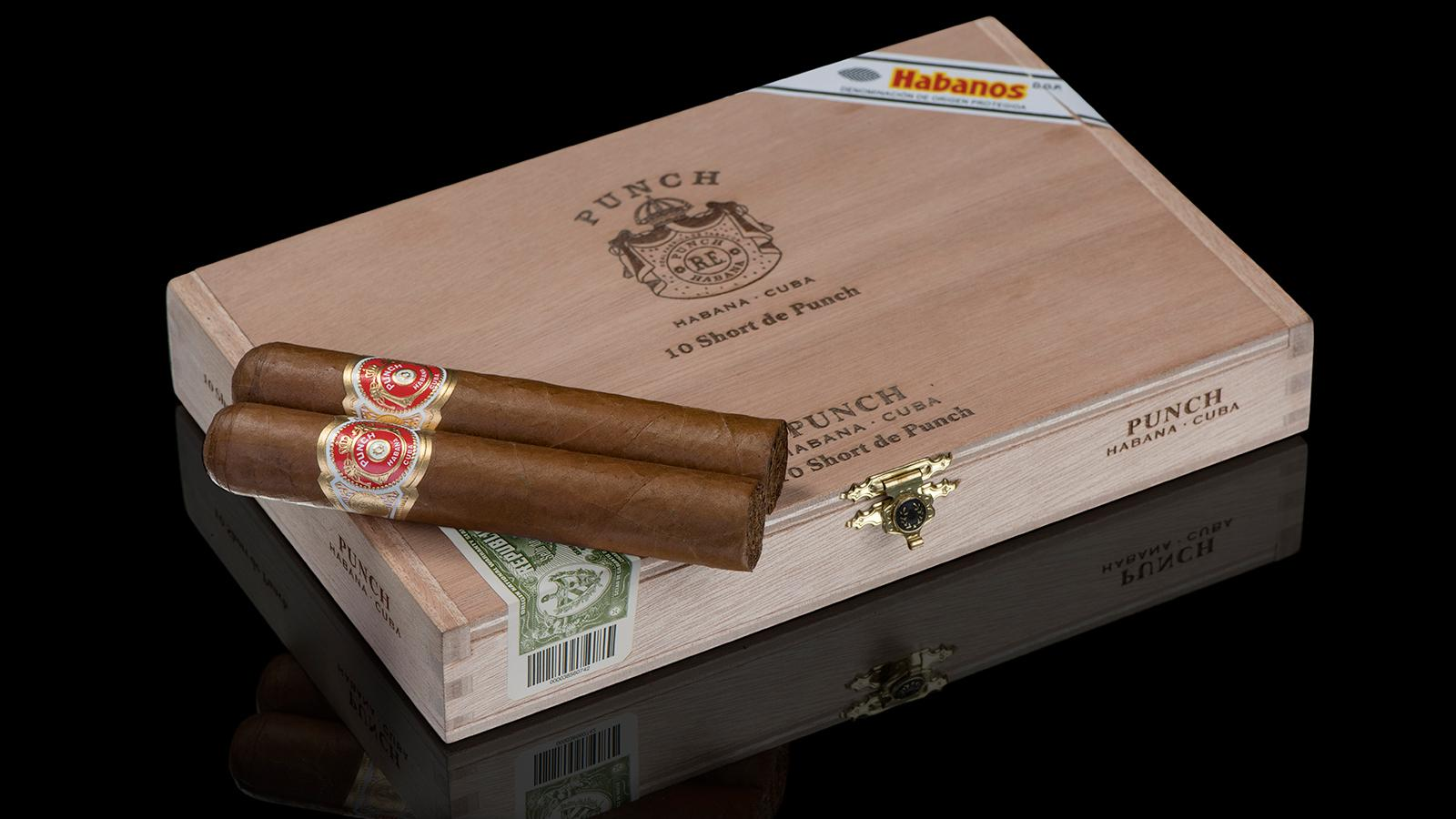 Cuba's Punch Brand Gets First 50-Ring Smoke
