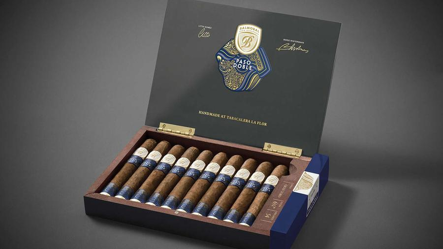 Balmoral, La Flor Dominicana Collaboration Cigar Ships