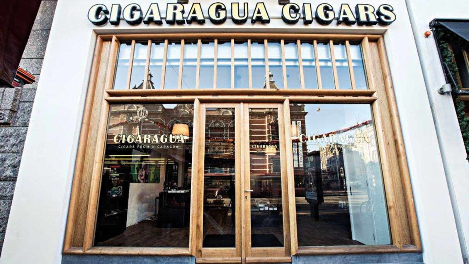 Cigaragua sits in a prime location in the Museum Quarter, across from the grassy square that is home to the city's three biggest cultural attractions: the Rijksmuseum, Stedelijk Museum, and the Van Gogh Museum.