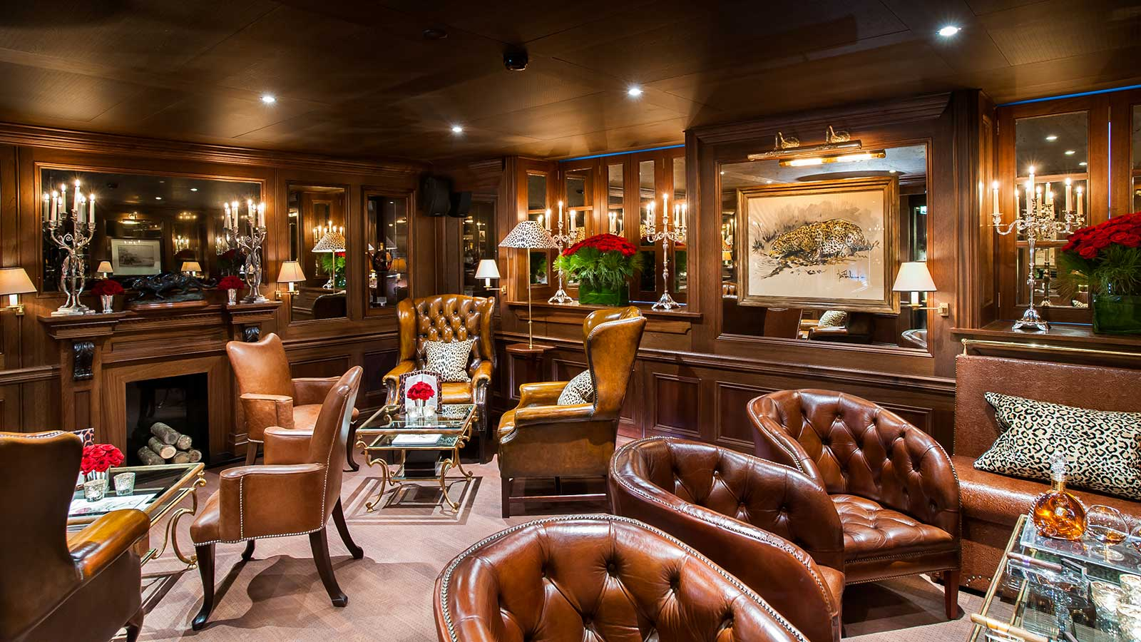 The Cigar Lounge at the Leopard Bar has proven so popular, both for hotel guests, tourists and the regular local after-work crowd, that they had to ban cigarettes to keep enough seats for cigar lovers.