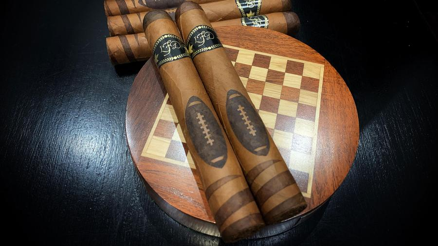La Flor Dominicana Announces 2020 Special Football Edition