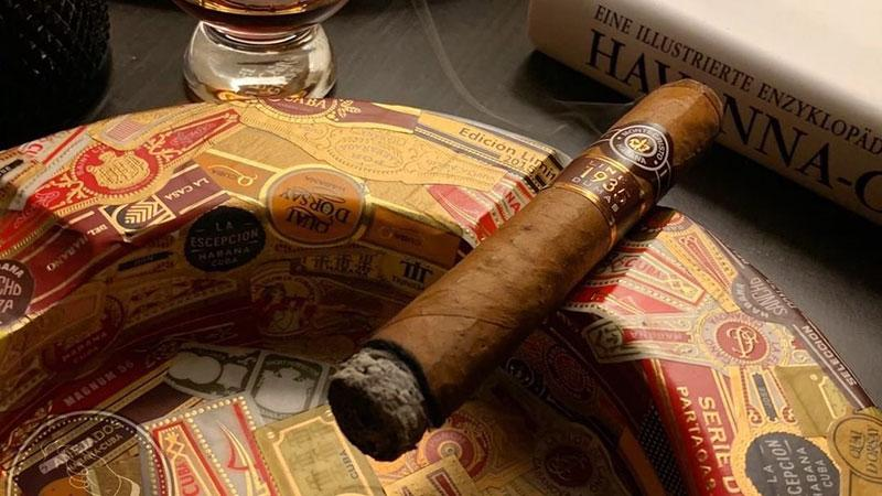 The Spartacus ashtray measures about 8 1/2 inches wide with a bowl of about 5 1/2 inches for ash.