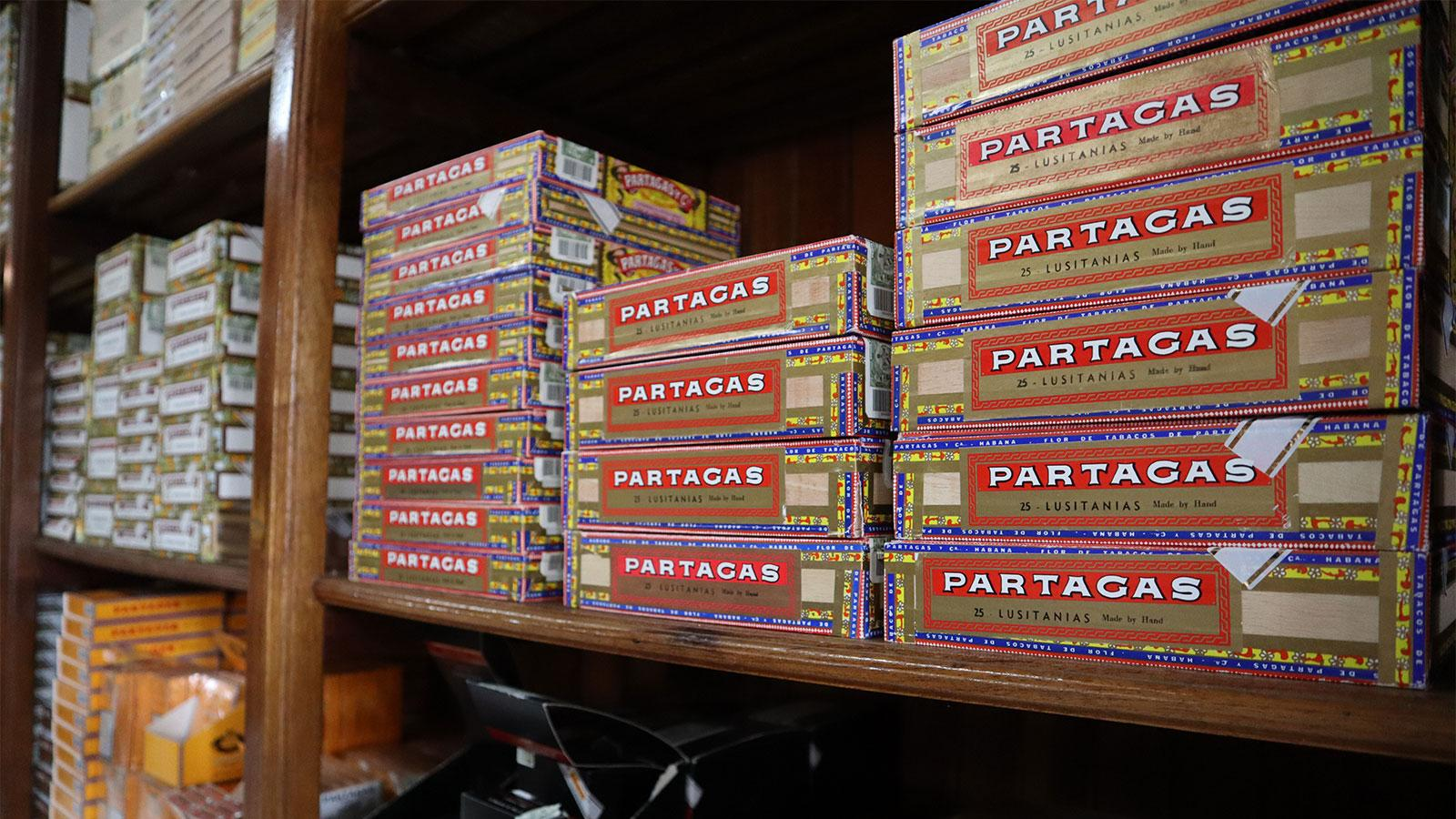 Partagas Cigar Shopping
