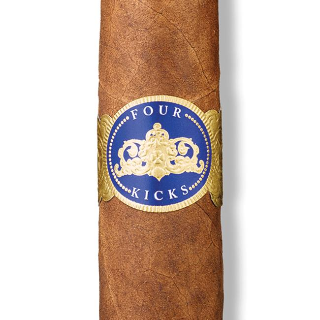 Four Kicks Capa Especial Robusto