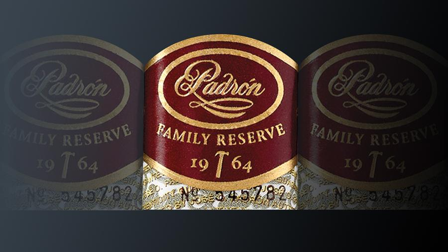 Padrón Expanding Family Reserve Line With 60 Ring Smoke