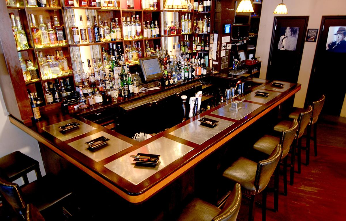 where to smoke soho cigar bar new york city cigar