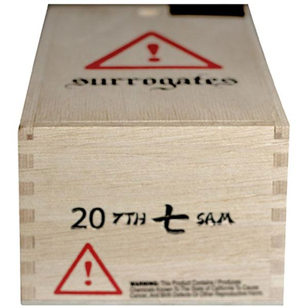 Surrogates 7th Sam comes packed in wooden, slide-top boxes of 20.