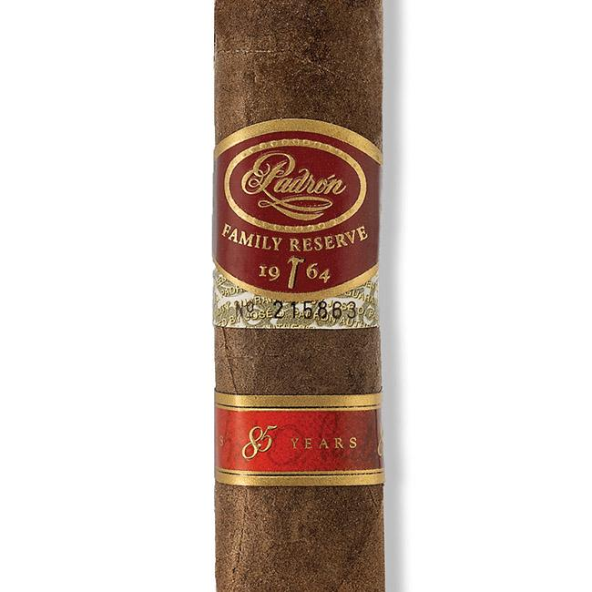 Padrón Family Reserve 85 Years Natural