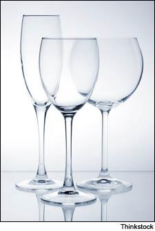 An all-purpose set of glasses for sparkling, white and red wines.