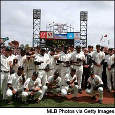 The Giants now have two new sparkling wines to go with their most recent two sparkling World Series rings.