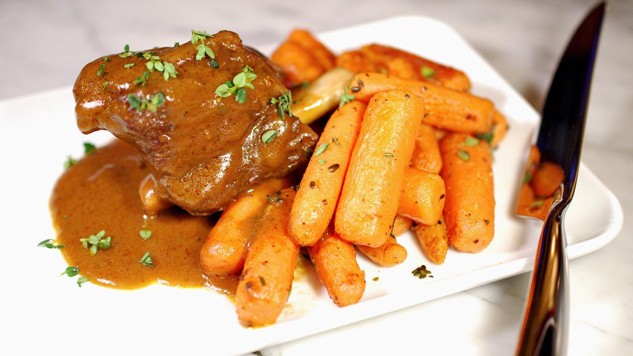 8 & $20: Easy Braised Short Ribs and Roasted Carrots