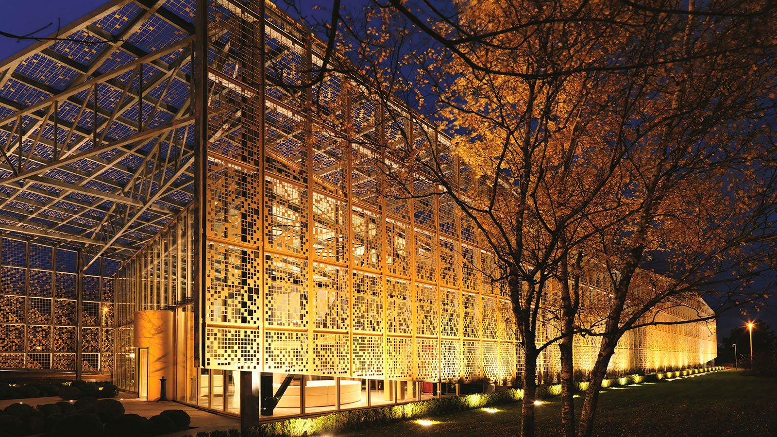 Architect Jacques Ferrier designed the Piper-Heidsieck production facility in Reims.