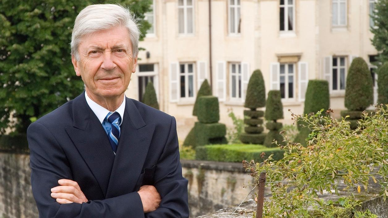 Joseph Henriot, Powerhouse Wine Executive in Burgundy and Champagne, Dies at 78