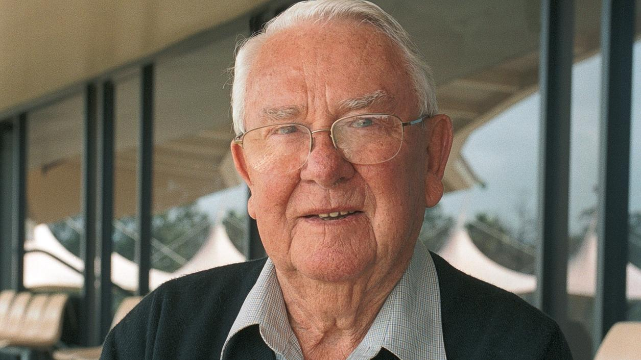 Don Ditter, Former Chief Winemaker at Australia's Penfolds, Dies at 89