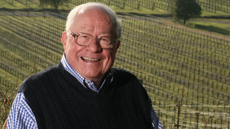 Joe Phelps was a Napa pioneer known for big red wines.