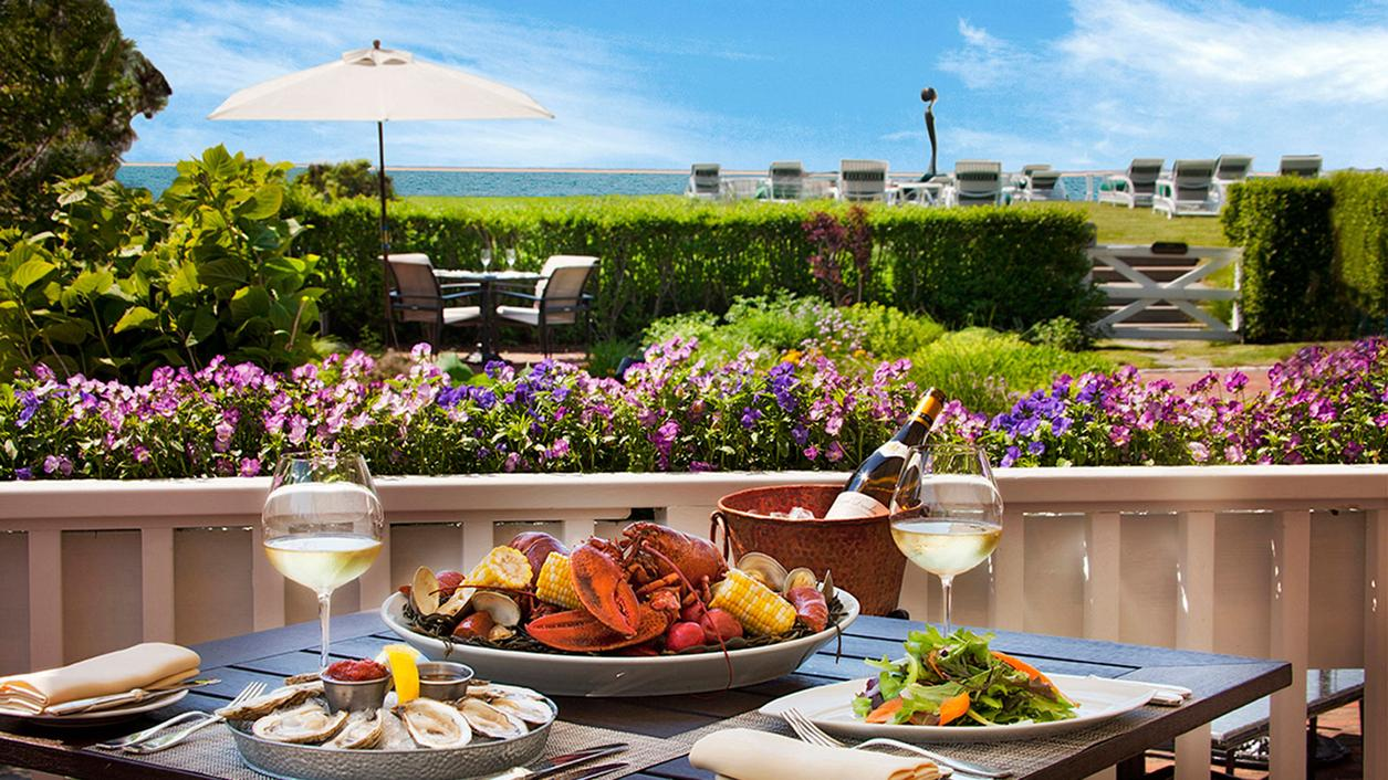 12 Seafood Restaurants to Catch Great Wine