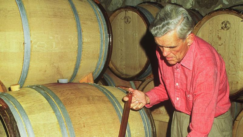 A San Francisco lawyer, William Seavey wasn't afraid to get his hands dirty and work hard at his winery.