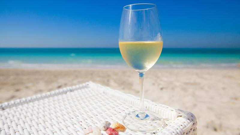 Study Finds a Link Between White Wine and Melanoma