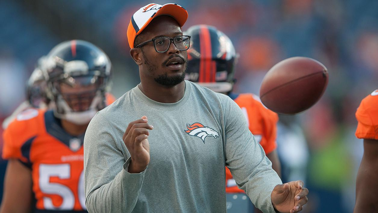 Denver Bronco Von Miller Passes His Wine to Entire AFC West