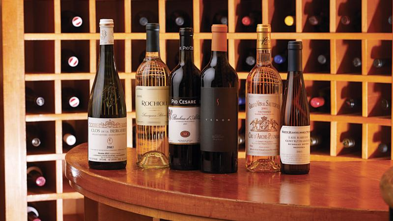 With a mix of whites, ready-to-drink reds, prestige bottles and dessert wines, this balanced collection is ready for any occasion.