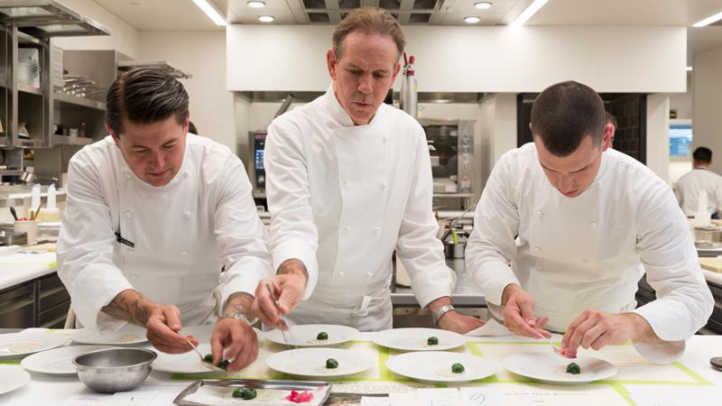Thomas Keller and his French Laundry team will join other star chefs to help wildfire victims.