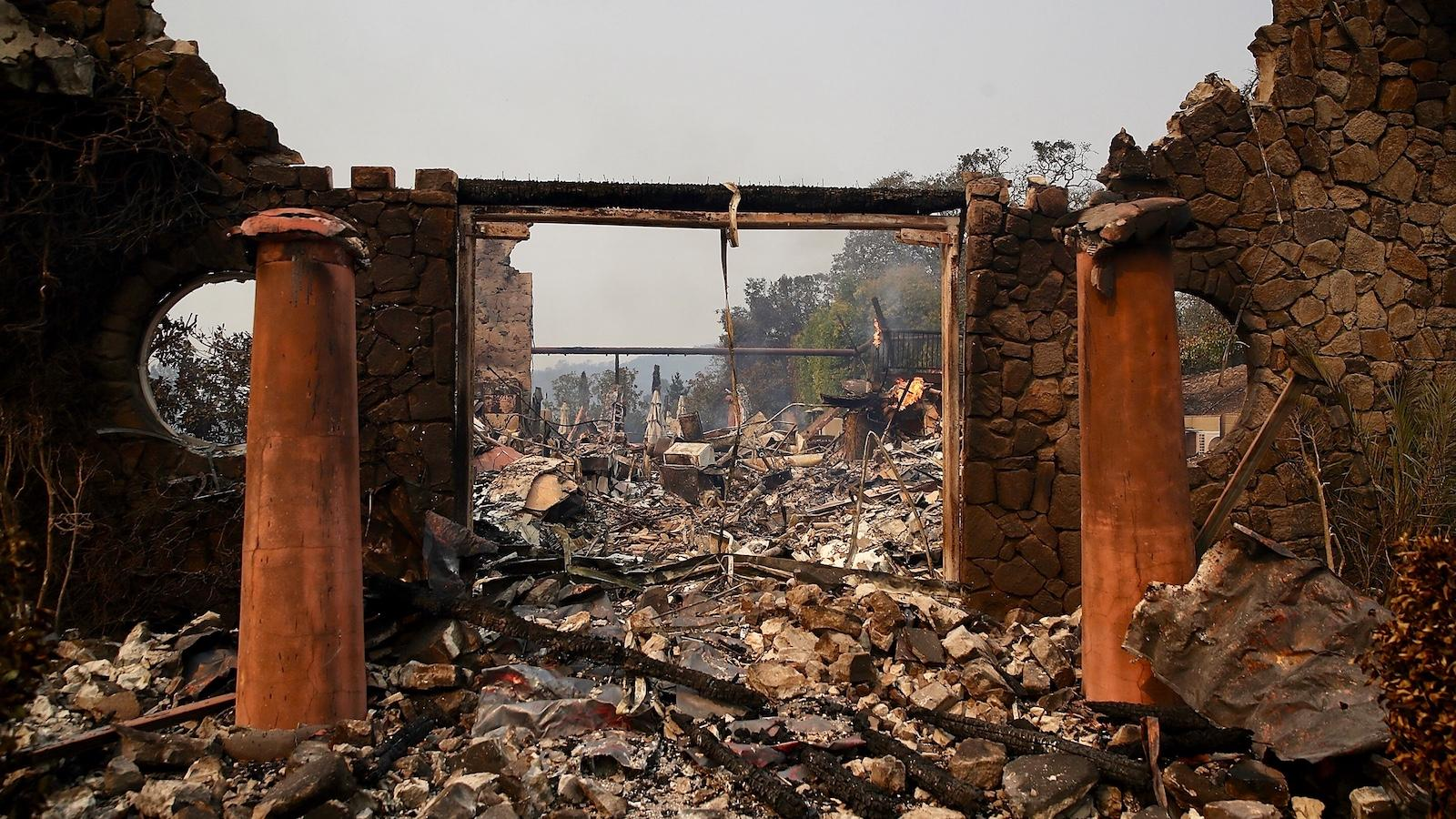 Massive Wildfires Devastate Parts of Napa and Sonoma County, Burning ...