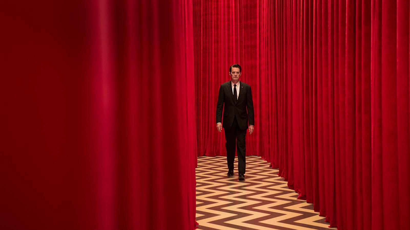Kyle MacLachlan takes a break from winemaking to solve another Twin Peaks mystery.