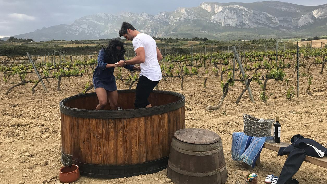 A Tempranillo Tango for the 'Bachelorette' in Rioja; Josh Groban Sings Pinot Praises