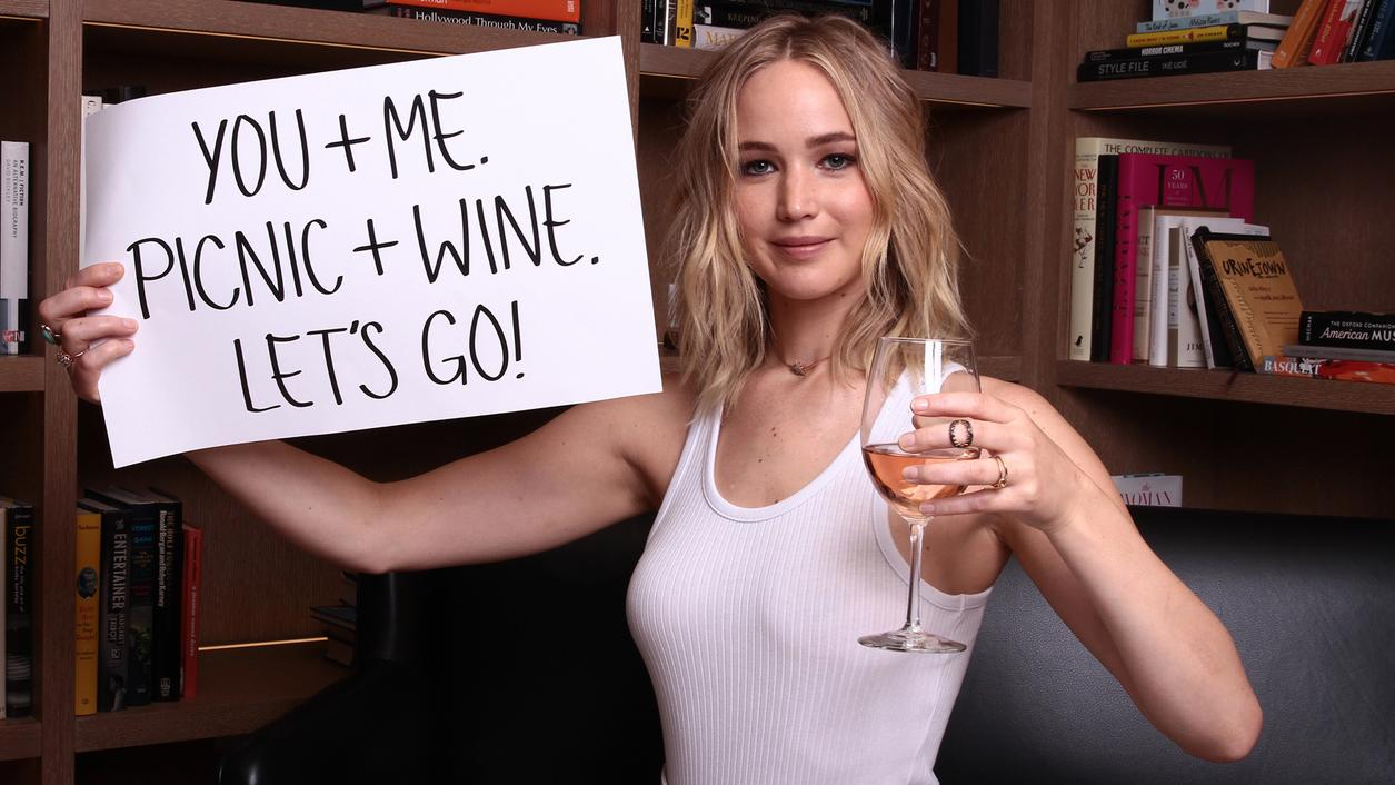 Thirst Games: Jennifer Lawrence Guesses Wine vs. Movie Reviews, Seeks Drinking Buddy