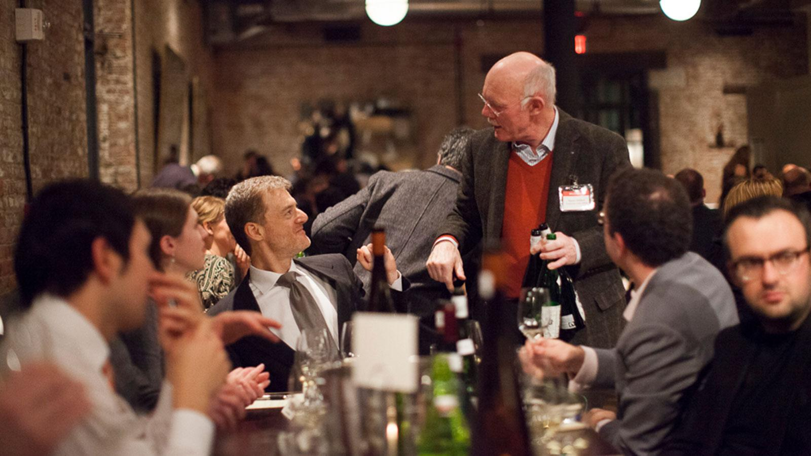 Riesling star Hanno Zilliken (standing) made the rounds at last year's Rieslingfeier.