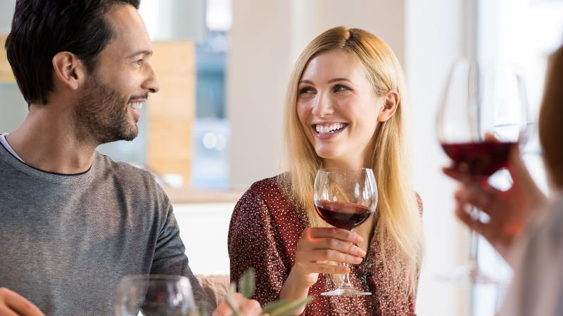 You can drink wine and still enjoy a healthy smile.