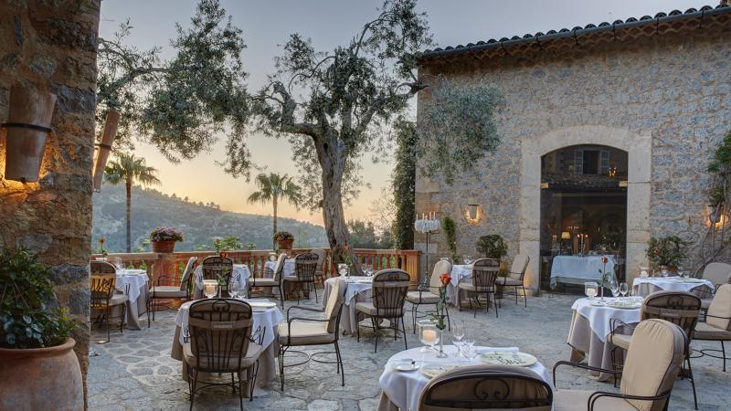 El Olivo Restaurante boasts a Best of Award of Excellence–winning list in Spain's Hotel Belmond La Residencia.
