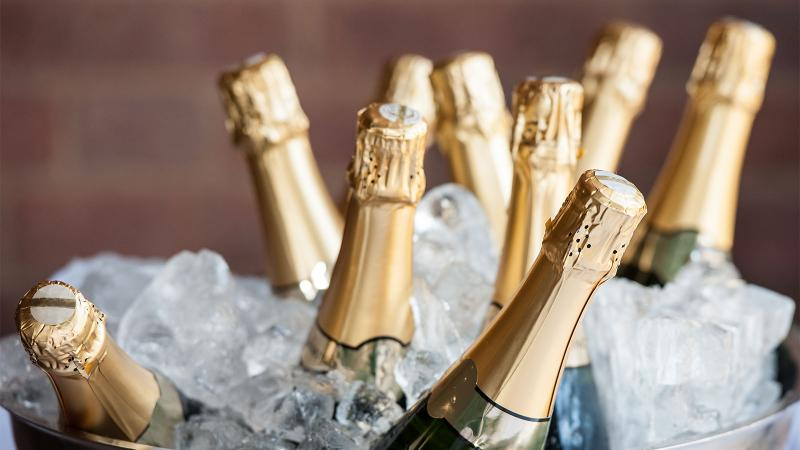 For the New Year, let there be something for everyone, but bubbly it shall be!