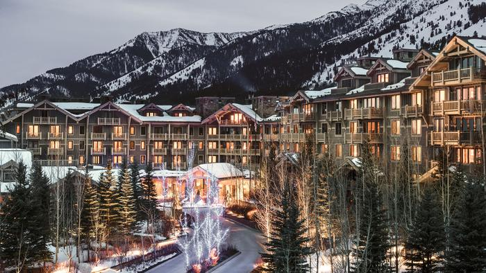 Winter Travel: It's All About the Après-Ski