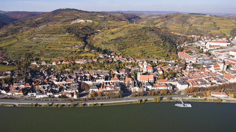 Stadt Krems has two great-value 2018s in this lineup, a Grüner Veltliner and a Riesling.