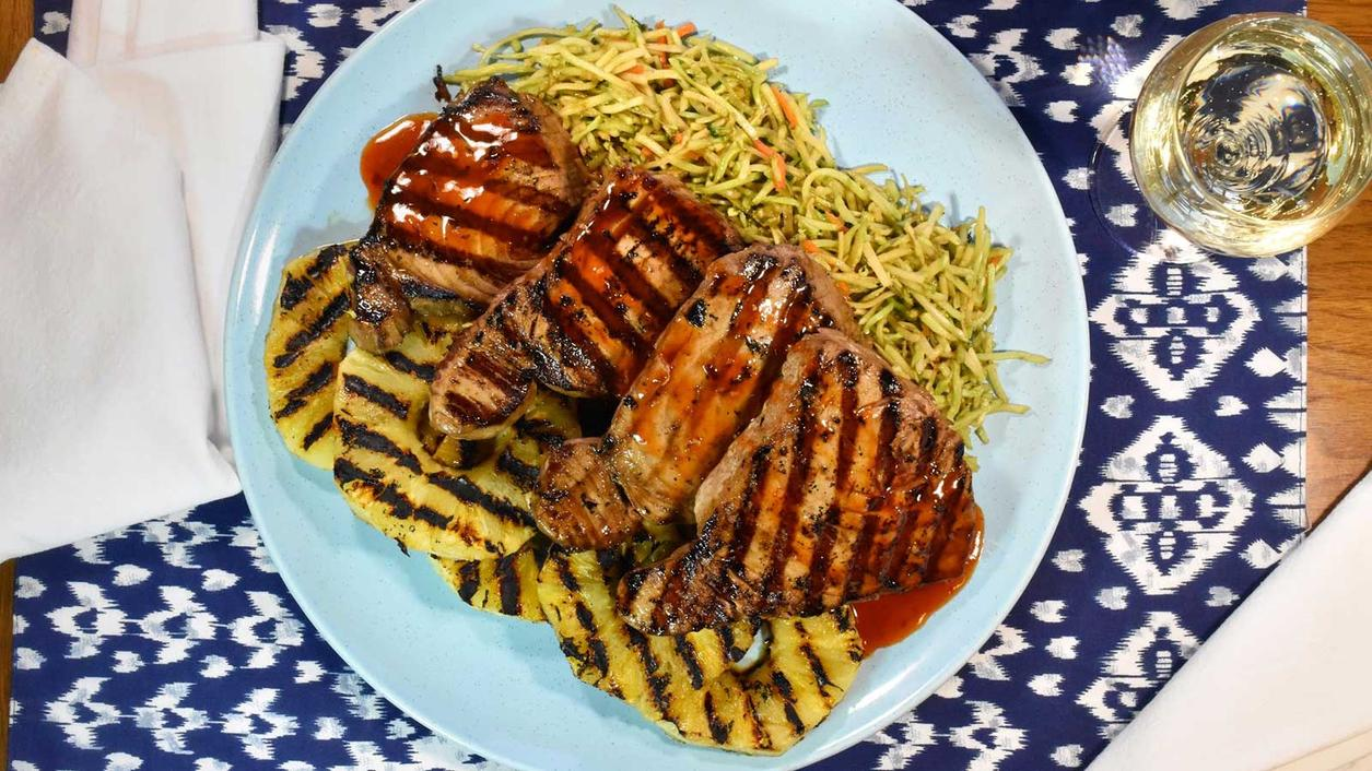 8 & $20: Seared Ahi Tuna Steaks with Grilled Pineapple and Sweet Chile Sauce