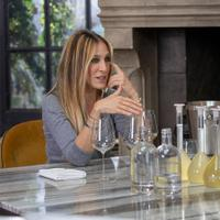 Sarah Jessica Parker (left), blending her Sauvignon Blanc in May with Invivo co-founders Rob Cameron and Tim Lightbourne (far right)