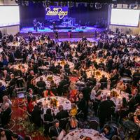 The Wine Experience banquet, honoring 2019's Grand Award winners and Distinguished Service Award winner Georg Riedel, concluded with a performance by the Beach Boys.